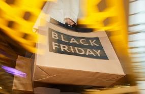A Psicologia da Black Friday desvendada ao pormenor num artigo que aborda o comportamento dos consumidores durante a campanha.